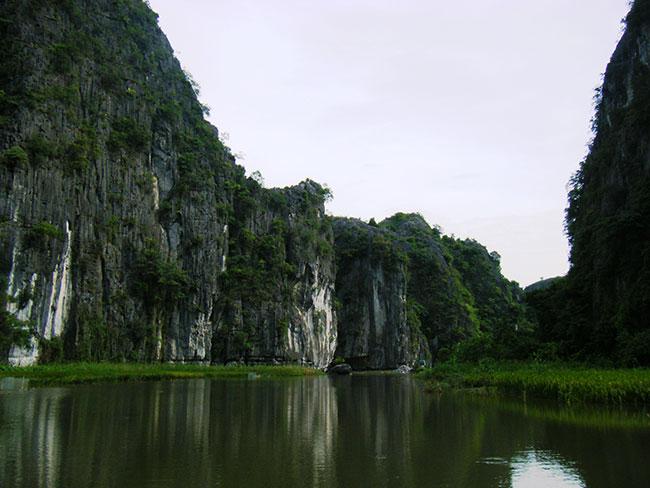 チャンアン名勝・遺跡群(ベトナム・タムコック)